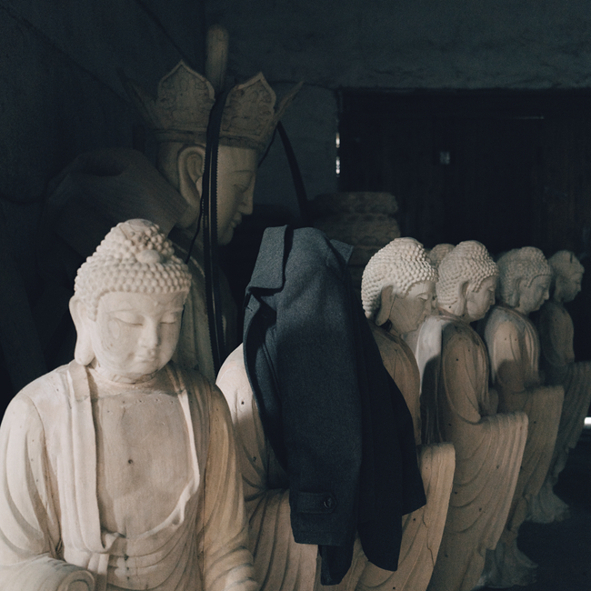 Buddha statues to be painted